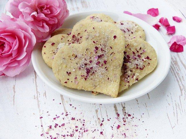 Duftpflanzen Kekese mit Rosenzucker